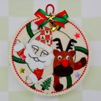 『サンタとトナカイ』